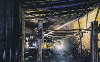 Pożar warsztatu samochodowego – ul. Spokojna
